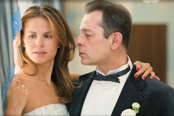 Ольга в подвенечном платье была рядом с Вадимом ослепительна