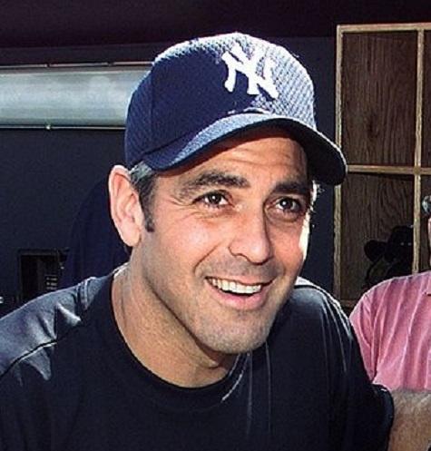 В час Клуни зарабатывает 27 тысяч долларов