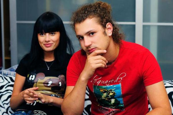 На телепроекте «Дом-2» Никита женился на Нелли Ермолаевой. Вскоре они развелись