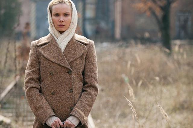 Ольга Арнтгольц в сериале «Офицерские жены» (2015)