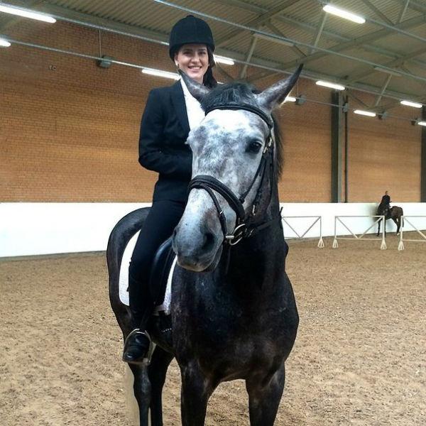 Одно из увлечений Иониной - конный спорт