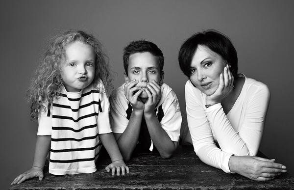 У актрисы двое детей: дочери Соне 6 лет, сыну Тимофею – 14
