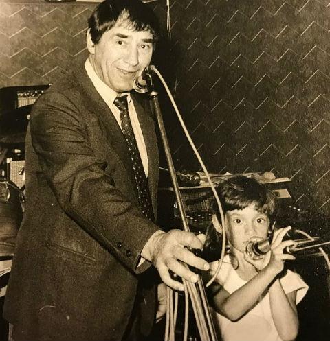 Спартак Мишулин с дочерью Кариной