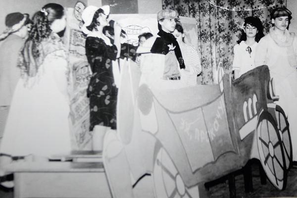 Будущая звезда в образе Остапа Бендера, 1992 год