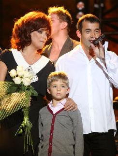 Ольга Дроздова и Дмитрий Певцов с сыном Елисеем