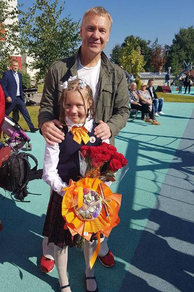 Анатолий Журавлев с дочкой Василисой