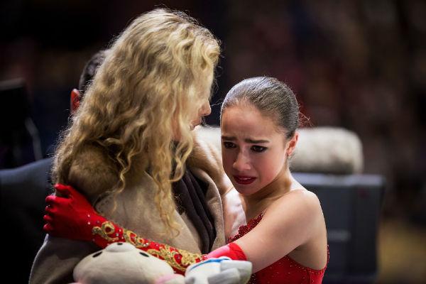 Алина Загитова не смогла сдержать слез
