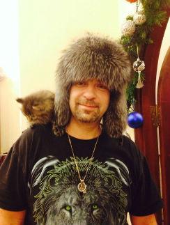 На Новый год Алексею Федотову подарили котенка