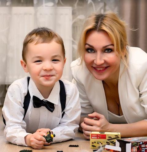 Светлана мечтает,  чтобы сын получил мужскую профессию