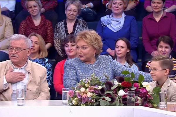 Сергей Никоненко и Екатерина Воронина с внуком Петей