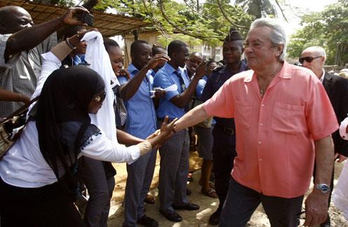 Ален Делон недавно посетил Африку