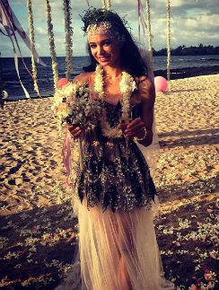 Диана Вишнева выбрала для свадьбы очень необычное платье и головной убор
