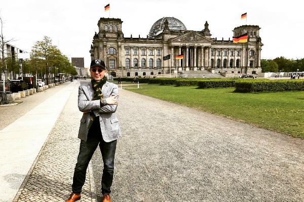 Совсем недавно Григорий был в Германии. Туда его еще пускают