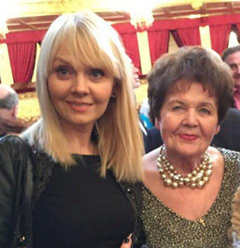 Валерия вместе с мамой
