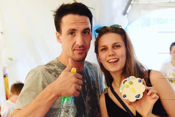 Дарья Мельникова и Артур Смольянинов поженились пять лет назад