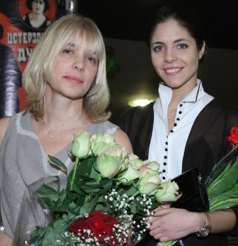 Вера Глаголева с дочерью Анной Нахапетовой