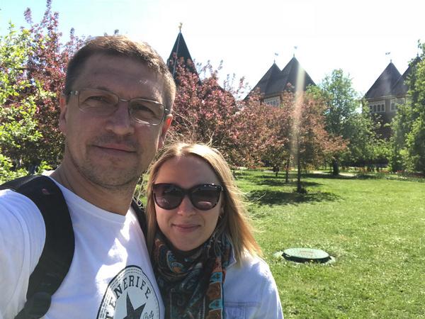 Дмитрий Орлов опубликовал фото с женой после того, как узнал о своей предполагаемой госпитализации