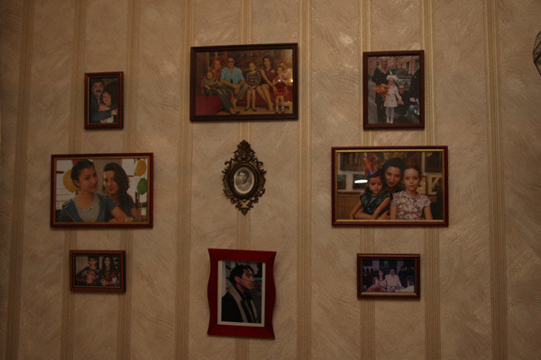 Из старой квартиры Натэлла Семеновна забрала только посуду и семейные фото