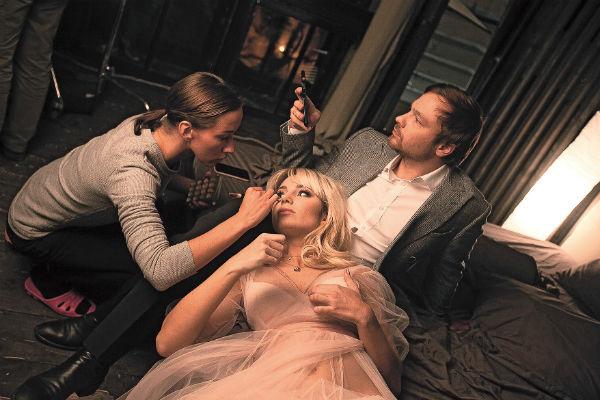 Во время съемок клипа, где Алексей сыграл главную роль, певица чуть не погибла, поскользнувшись на крыше