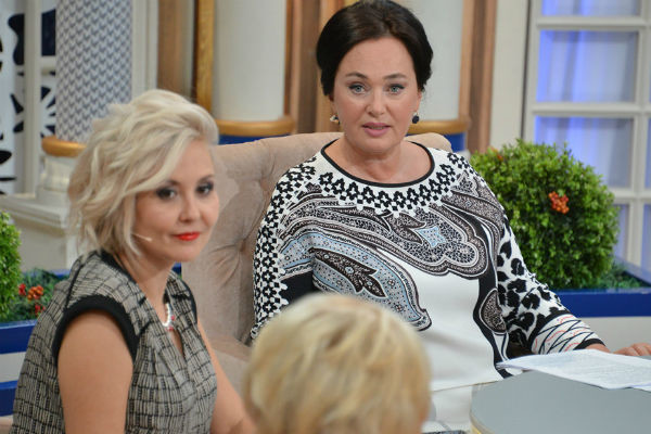 Лариса Гузеева неоднократно говорила, что ни с кем не дружит на работе