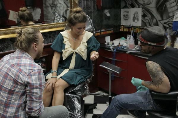 Жанне Бадоевой сделали татуировку