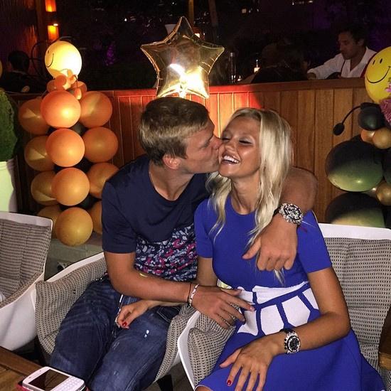 На прошлой неделе в СМИ появилась информация о том, что Валитова подарила избраннику сына