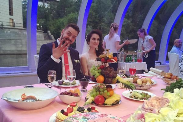 Лев женился на своей избраннице Алене