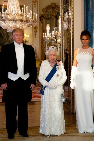 Дональд Трамп давно ждал возможности обсудить с Елизаветой II государственные дела