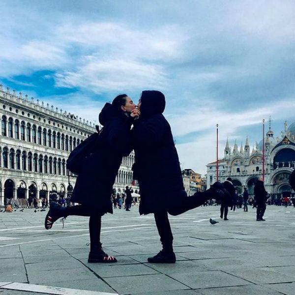 Гузеева вместе с дочерью погуляли по Италии