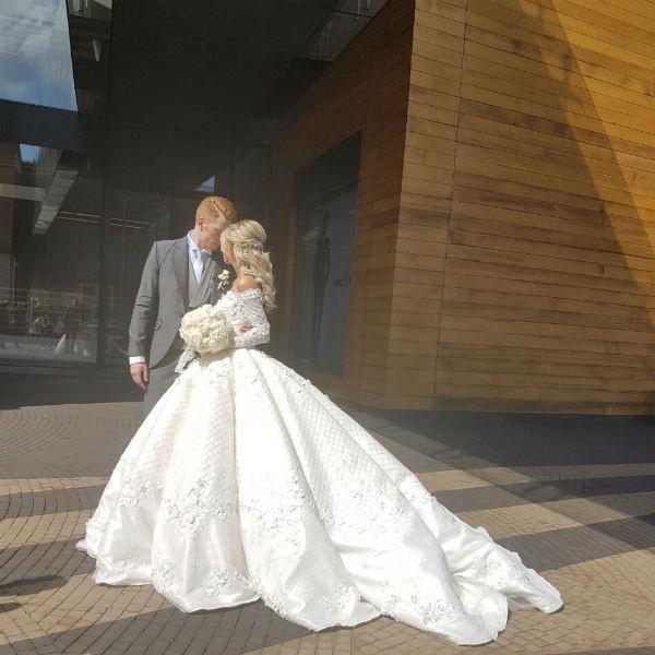 Пара устроила трогательную фотосессию