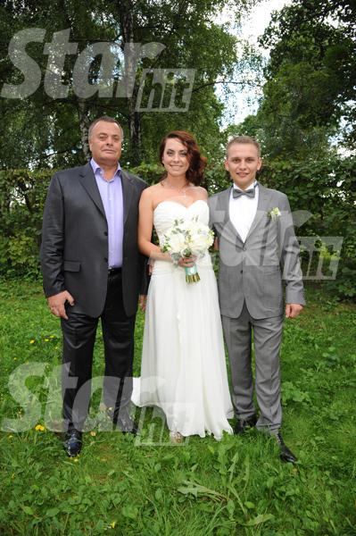 Молодожены с папой невесты Владимиром Борисовичем