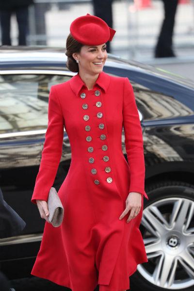 Кейт обожает элегантные наряды