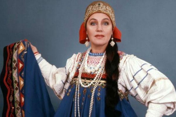 В 1991 Бабкина успешно дебютировала в качестве певицы-солистки на Международном музыкальном фестивале «Славянский базар» в Витебске. Именно с этого момента певица выступает с сольными программами, собирая многотысячные залы.