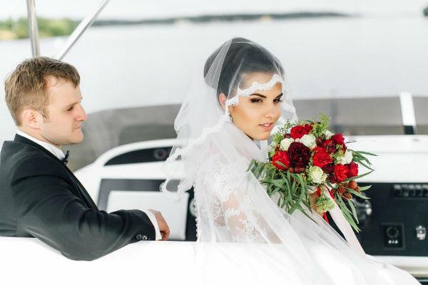 Игорь и Ия вместе уже много лет и хотели бы, чтобы их союз был вечным