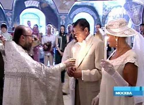 Венчание Караченцова и Поргиной состоялось в 2005 году