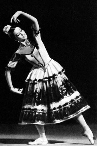 Ольга Искандерова на сцене Ленинградского театра оперы и балета им. Кирова