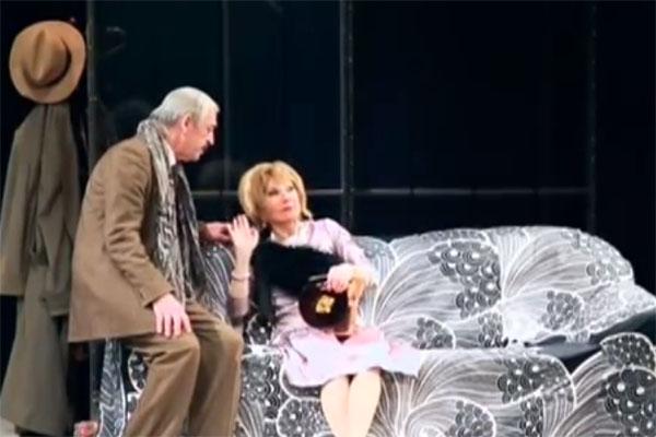 Михаил Боярский и Лариса Луппиан в спектакле «Смешанные чувства»