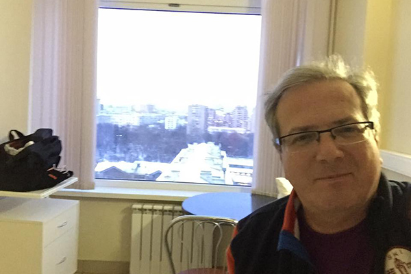 Алексей Лысенков показал свою палату в Склифе