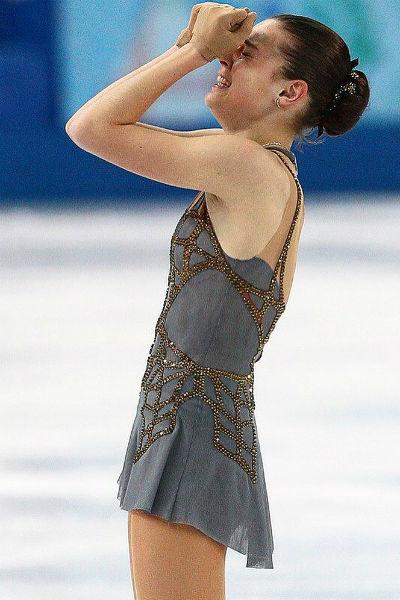 Сотникова стала первой в истории России олимпийской чемпионкой в женском одиночном катании в индивидуальном зачете