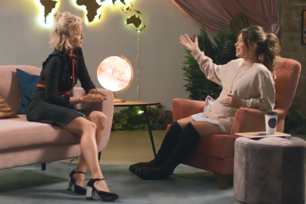Полина Гагарина в программе «Пятница с Региной»