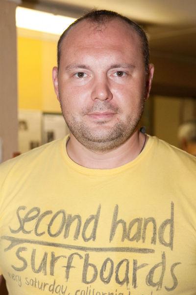 После окончания вуза актер Илья Исаев влюбился в коллегу по сцене и ушел от Лядовой