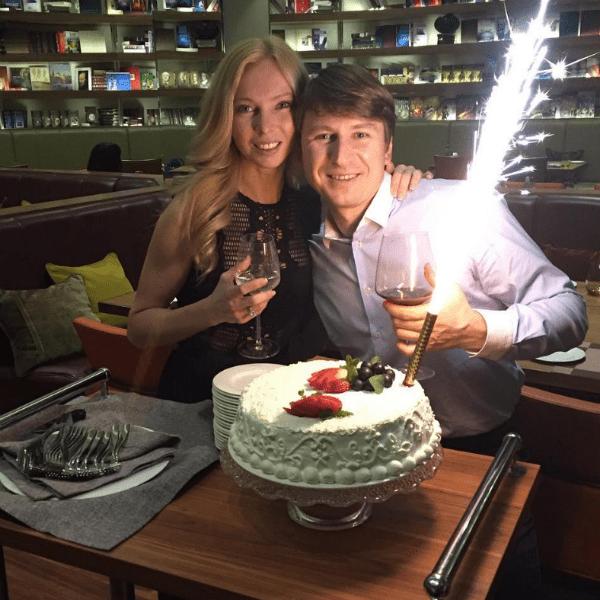 Татьяна Тотьмянина и Алексй Ягудин сыграли свадьбу в Красноярске