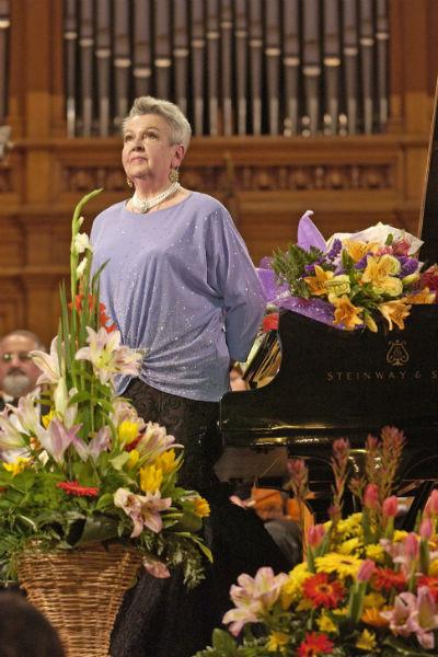 Лядова написала почти 1000 песен, несколько концертов для симфонического оркестра и оперетт