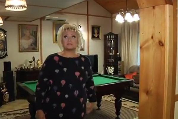 Анне Вески показала дом, в котором живет вдвоем с мужем