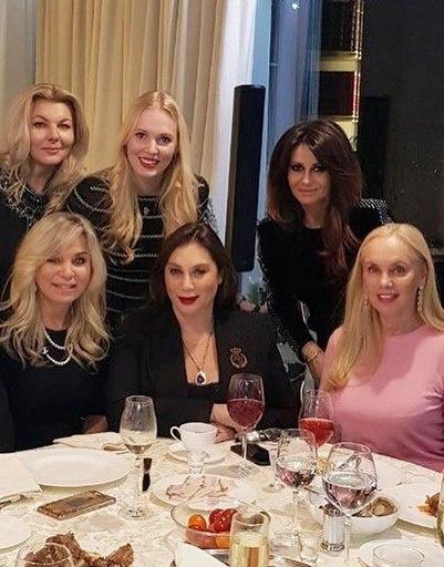 Марина Юдашкина, Светлана Пельш, Олеся Бословяк, Алла Вербер, Ида Достман и Нинель Кобзон
