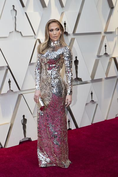 Дженнифер Лопес в платье от Tom Ford