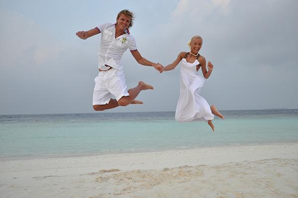 В конце счастливого для них 2012 года пара сыграла еще одну свадьбу на райских островах