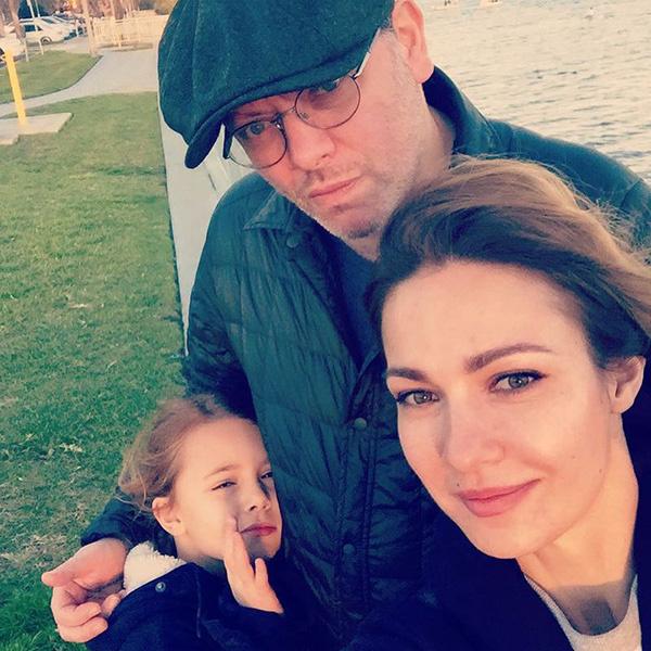 Валерий Тодоровский с женой и дочерью