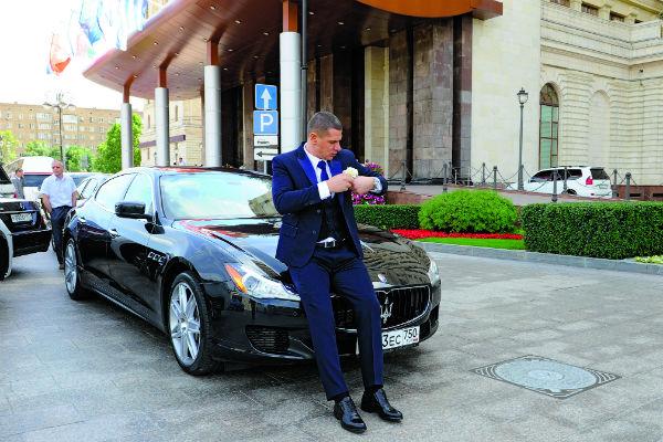 За невестой жених поехал на шикарном Maserati