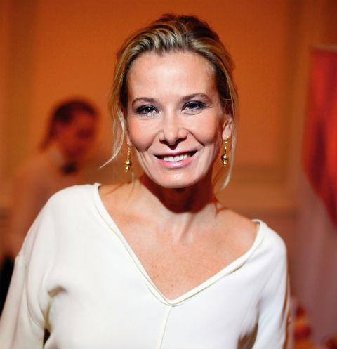 Юлия Высоцкая заставит похудеть туристов за 100 тысяч